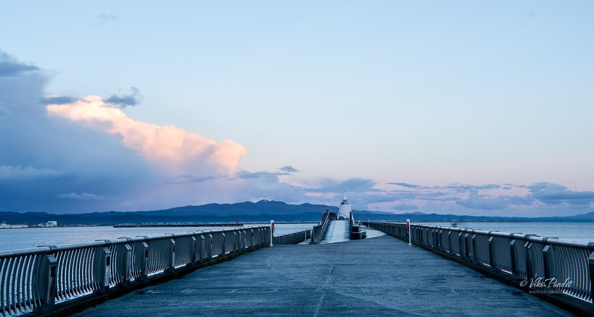Aomori Bay Lighthouse