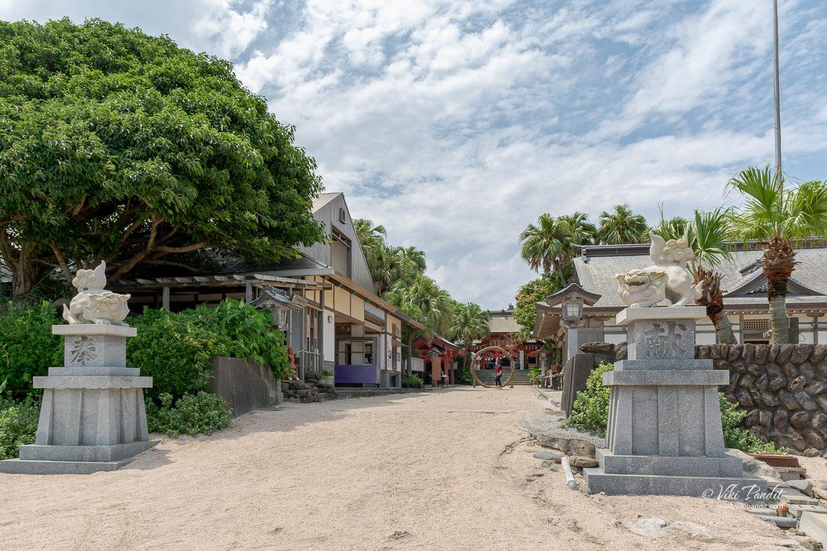 Aoshima Shrine entrance