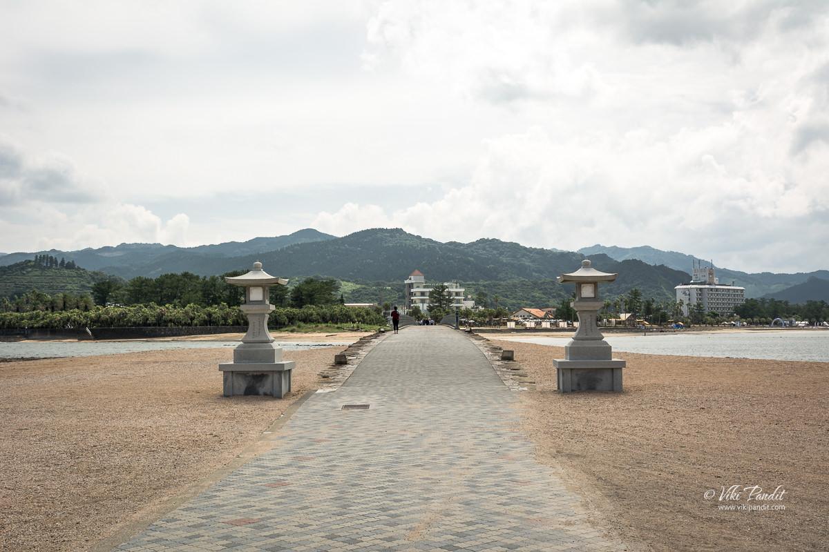 Stone Lanterns at the end of Yayoi Bridge