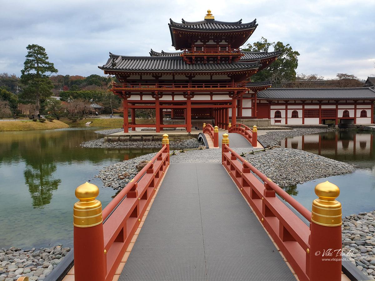 Bridge to Byodo-in Temple