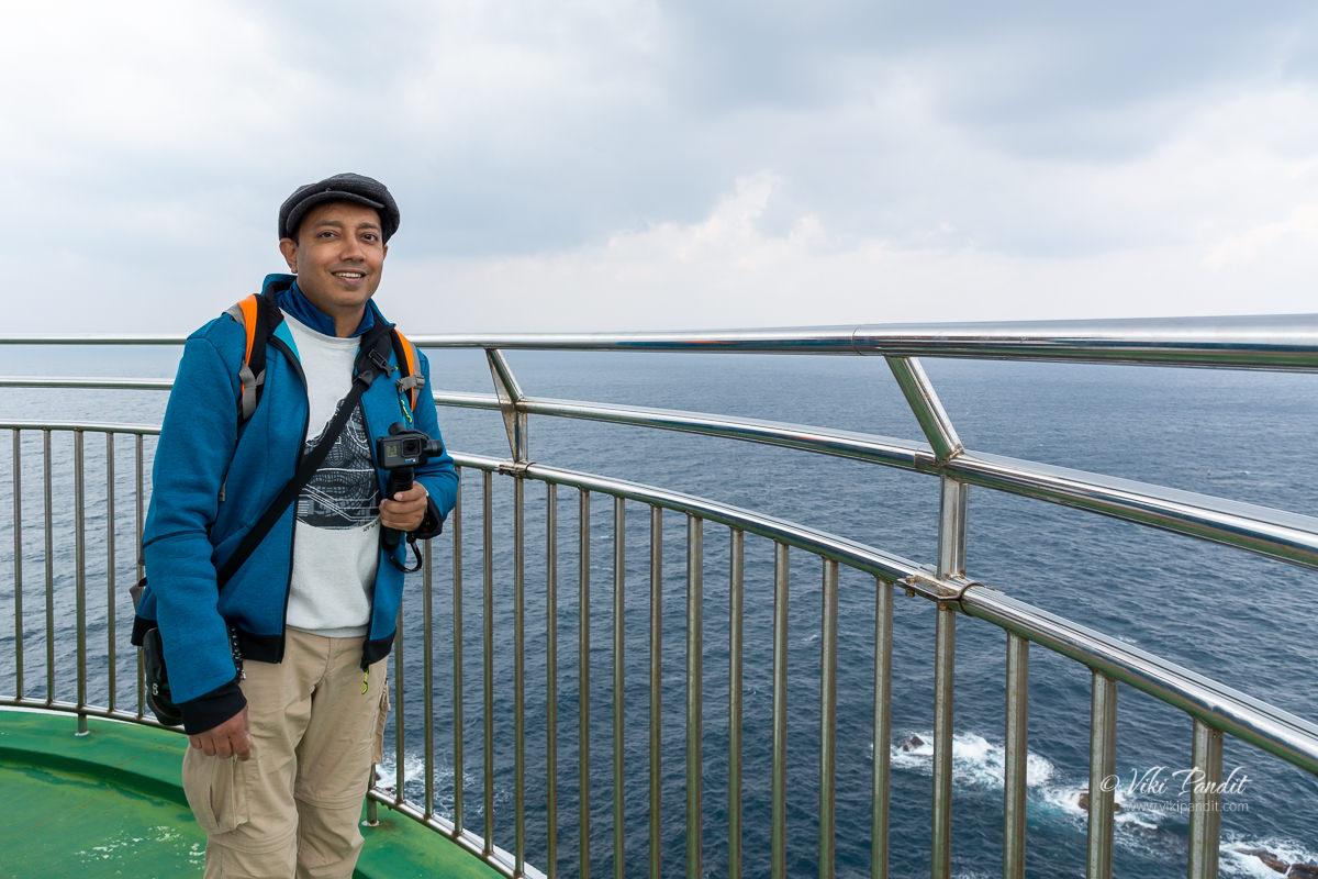Viki on top of Hinomisaki Lighthouse