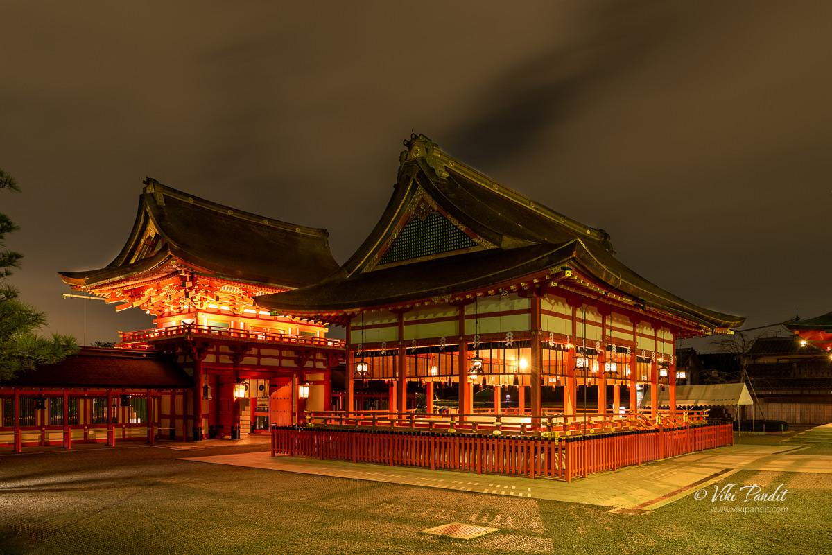 Fushimiinari Shrine Gehaiden