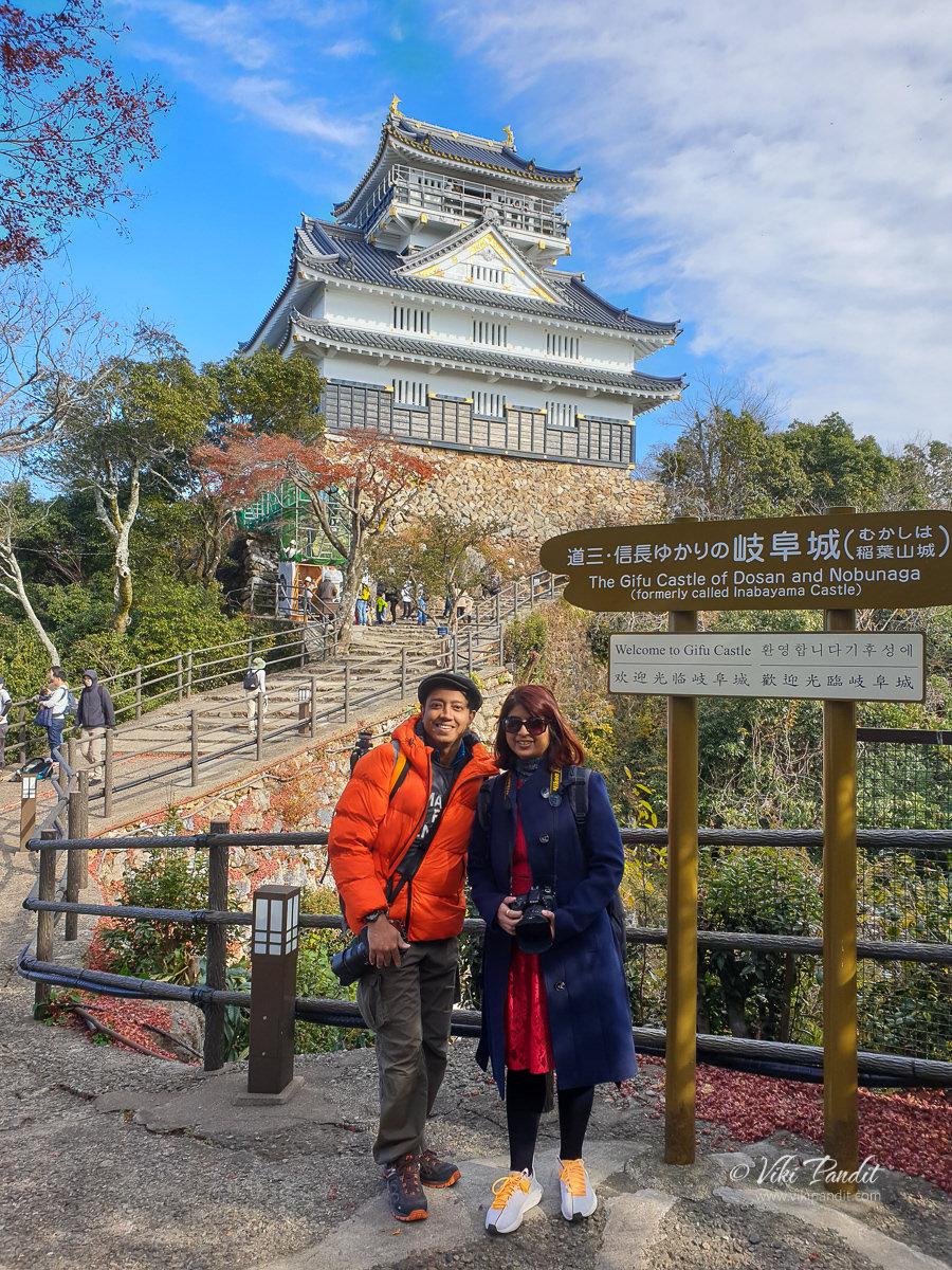 Ranita & Viki at Gifu Castle