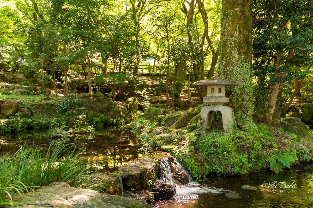 Stone Lantern at Gifu park