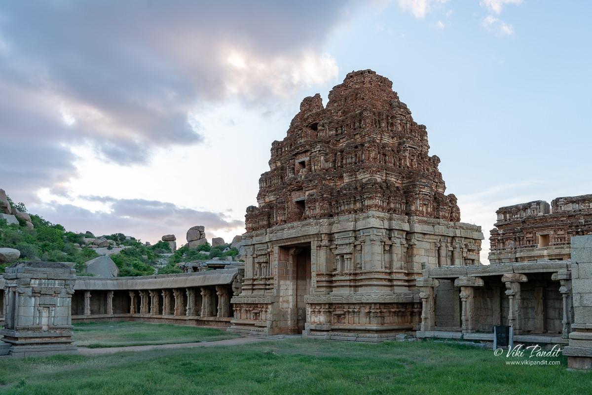 Front gate of Achyutaraya Temple