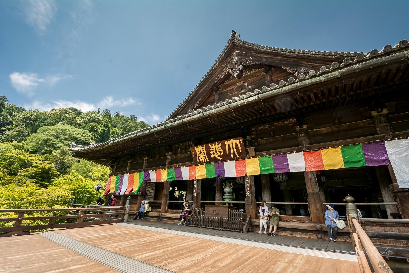 Veranda, Hasedera Temple, Nara