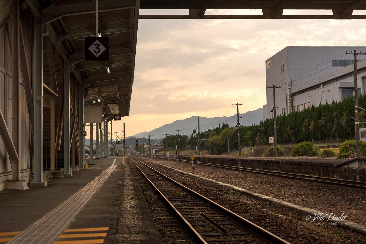 Waiting for train at Iga Ueno Station