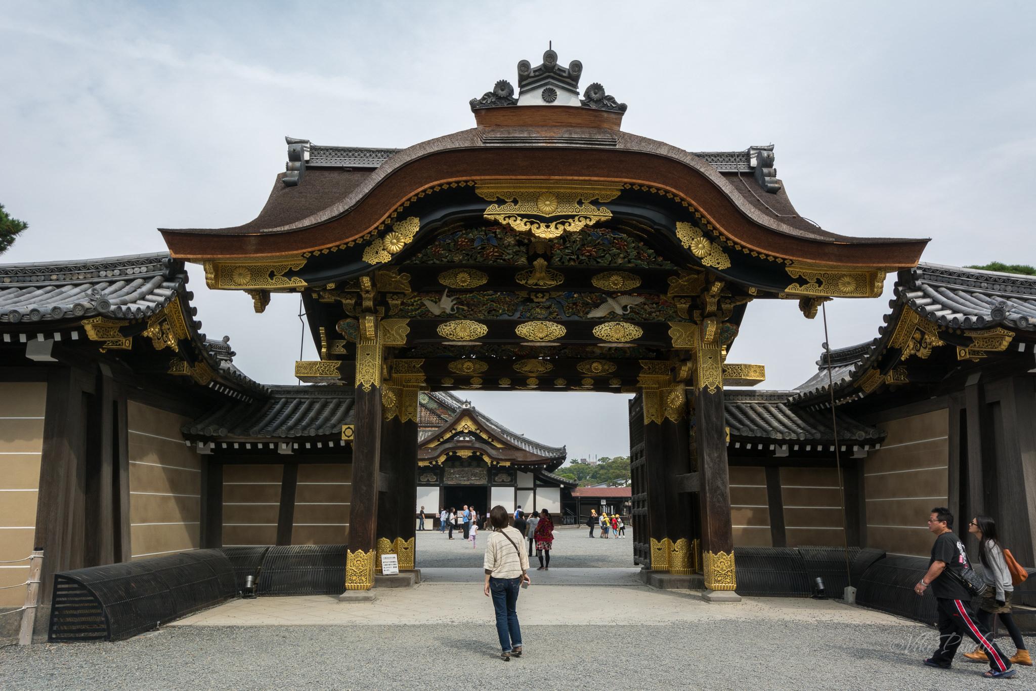 Ninomaru Palace Gate