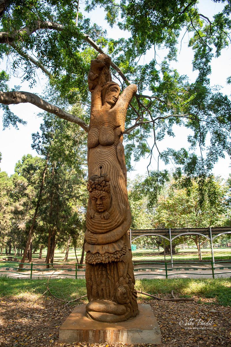 Wooden sculptures at Lalbagh Botanical Garden
