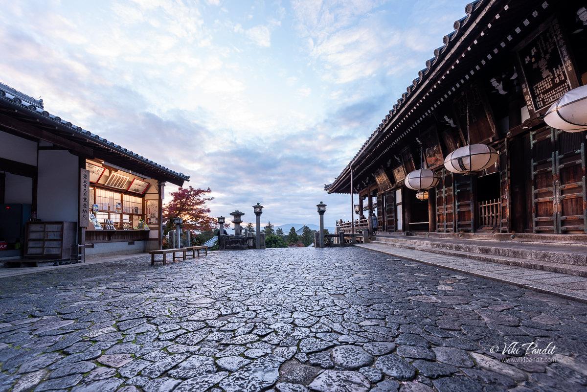Nigatsu-dō at Dusk