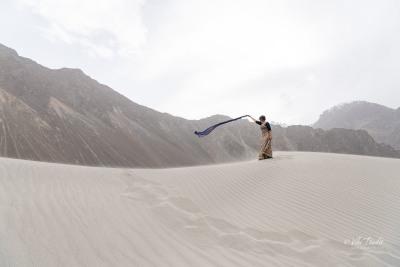 Ranita on the sand dunes of Nubra