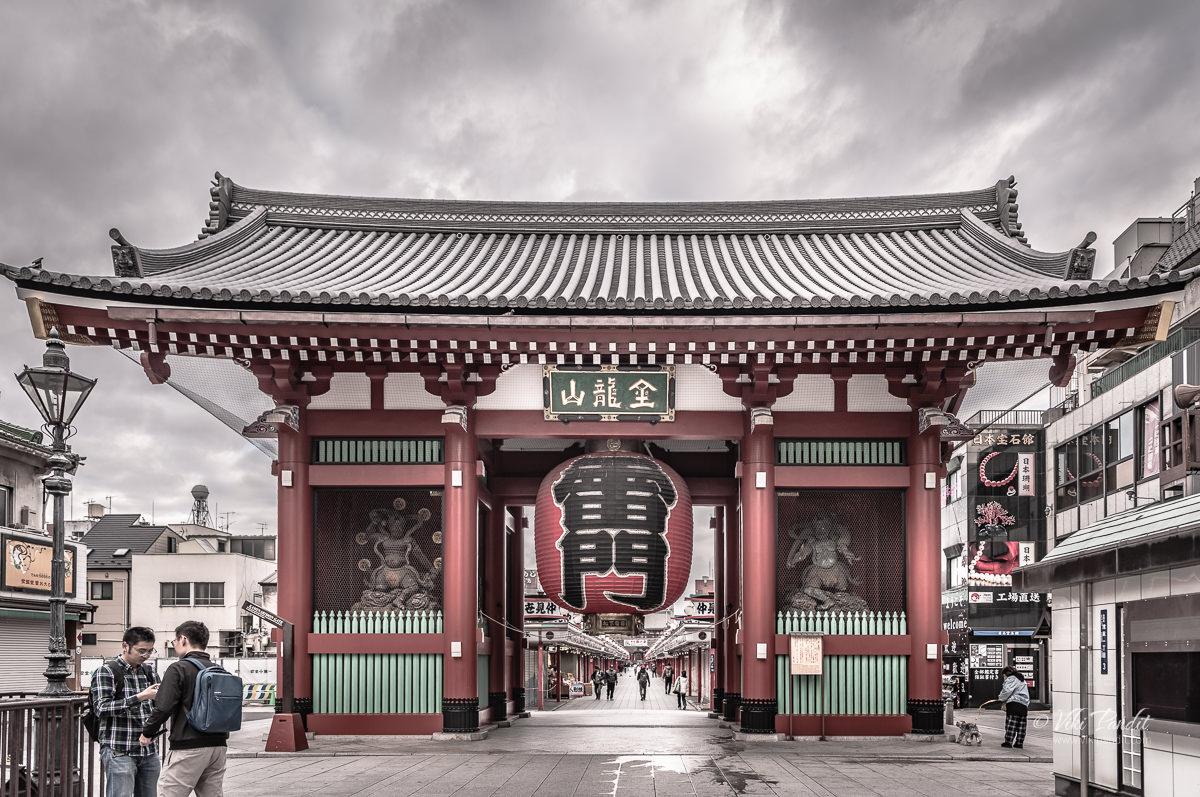 Kaminarimon Gate Senso-ji
