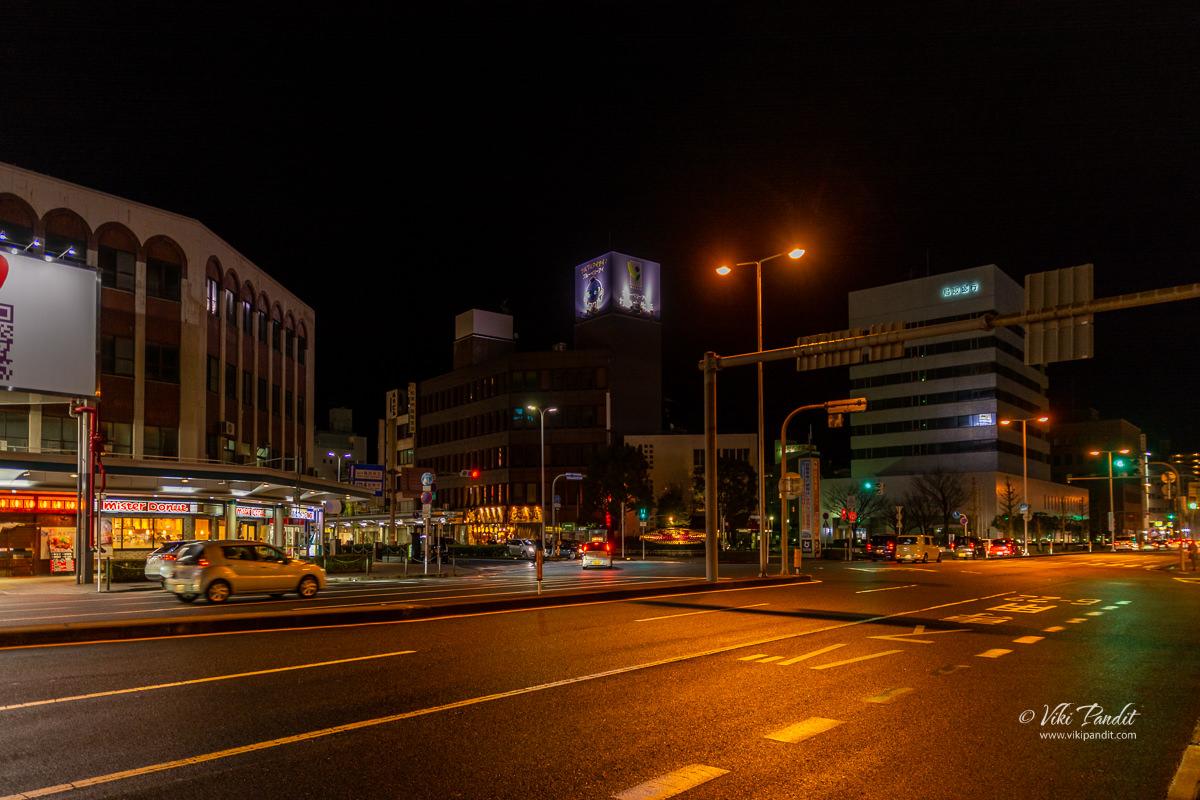 Walking to APA Hotel in Tottori