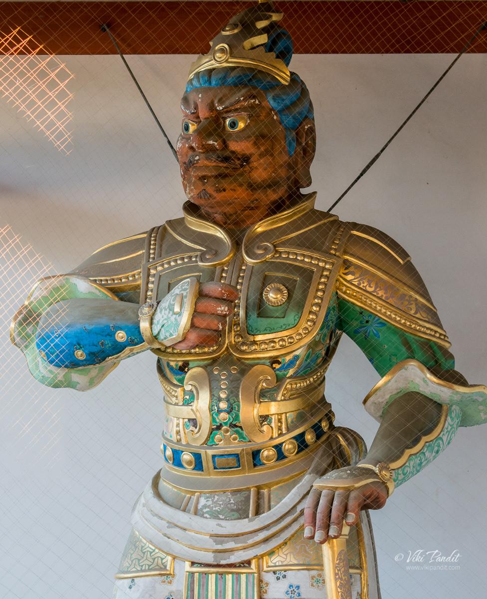 Ungyo Nio Statue at Yakushi-ji