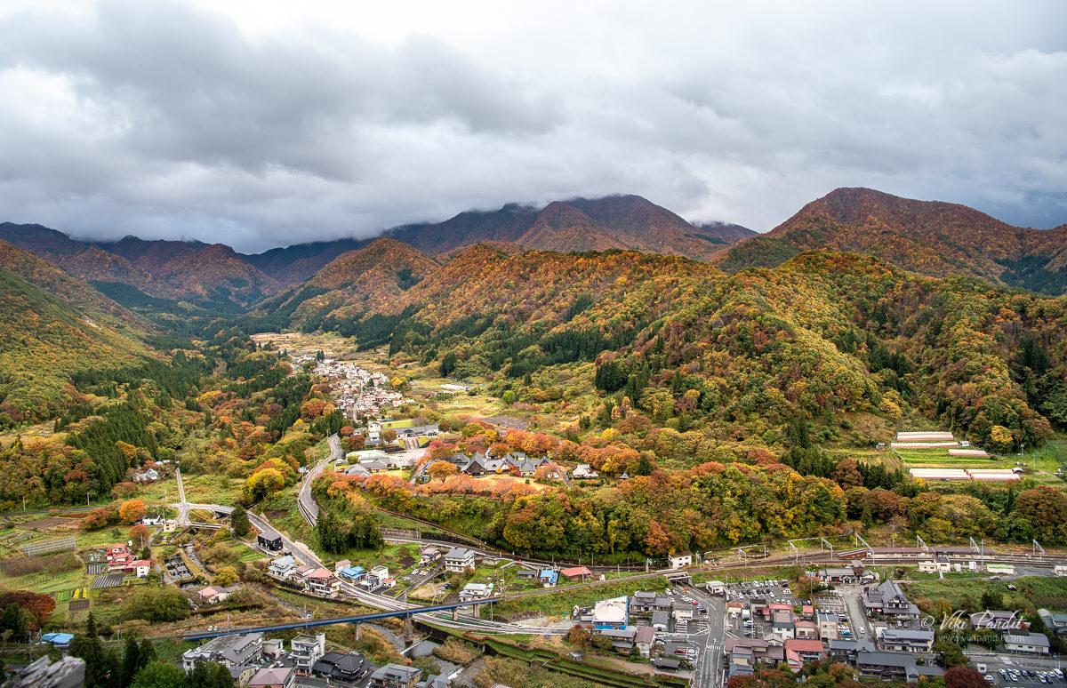 Fall foliage around Yamadera