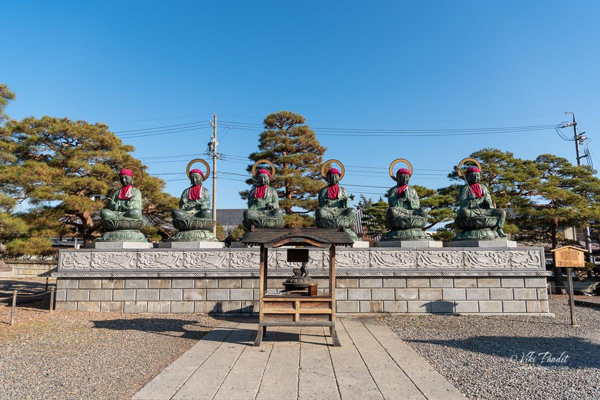 Rokujizō Statues at Zenko-ji