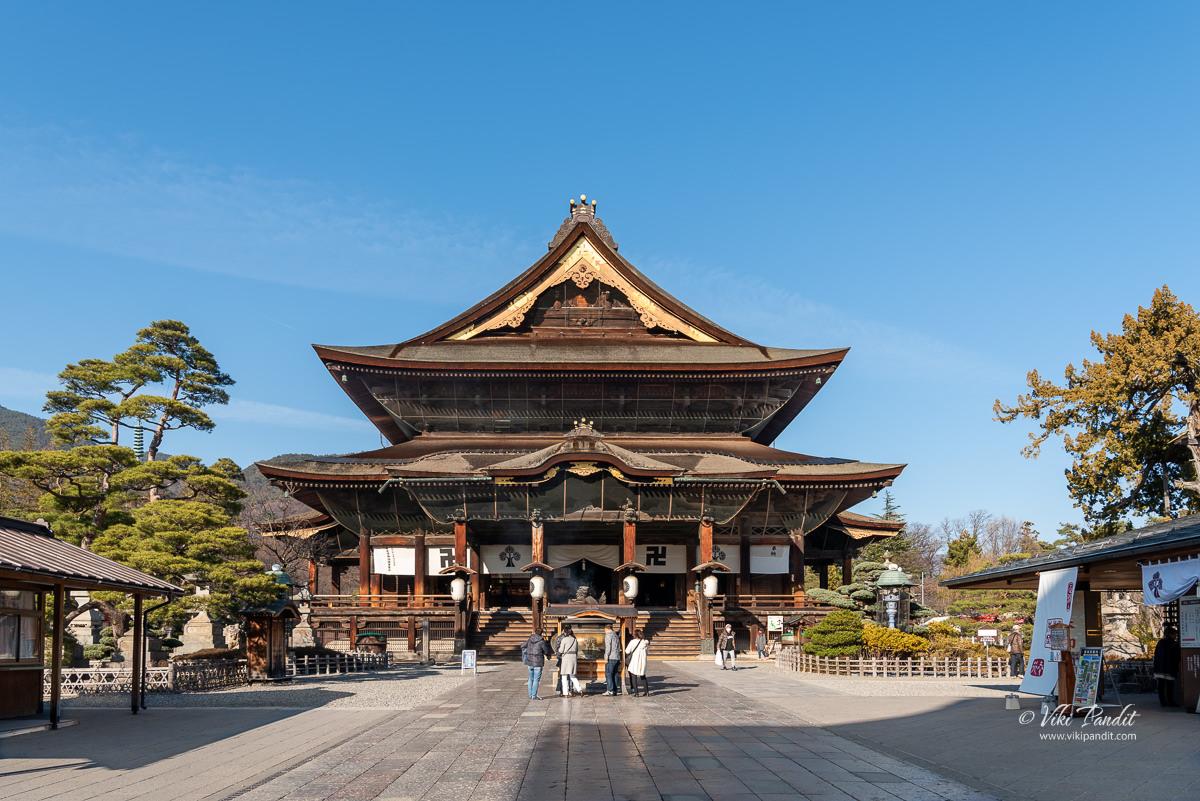 Zenko-ji Main Hall