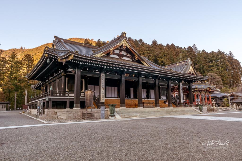 Minobu-san Temple