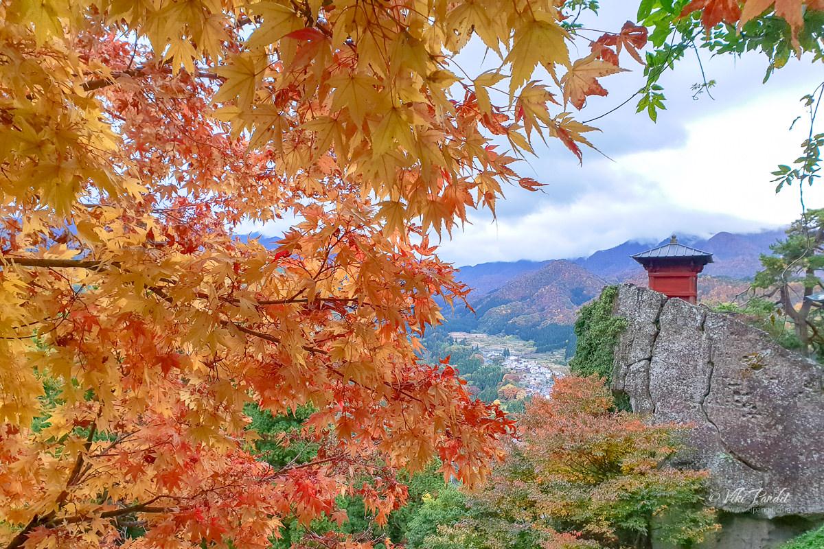 Yamadera in Fall